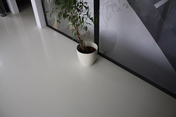 bautenschutz melcher bodenbelag kunstharzboden bodenbeschichtung bodenbeschichtung wohnraum. Black Bedroom Furniture Sets. Home Design Ideas